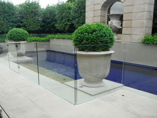 frameless-glass-pool-fencing-perth-wa10