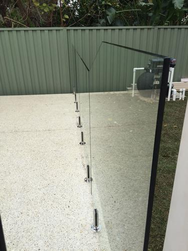 frameless-glass-pool-fencing-perth-wa6